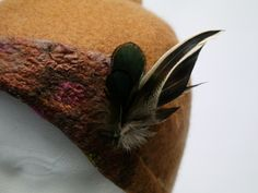 detail-wool-silk-feathers