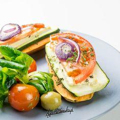 10 pomysłów na zdrowe bezglutenowe śniadanie ⋆ AgaMaSmaka - żyj i jedz zdrowo! Avocado Egg, Avocado Toast, Tofu, Gluten Free, Eggs, Breakfast, Healthy, Wraps, Diet