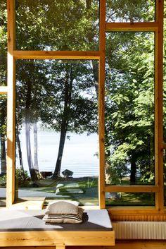Nature indoors & asymmetrical windows