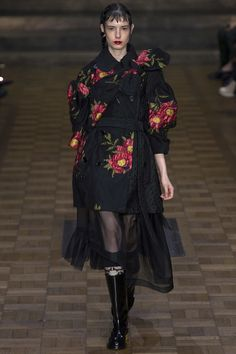 Simone Rocha London Spring 2017 Ready-To-Wear Collection