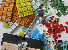 tips for buying your mosaic supplies online Tile Crafts, Mosaic Crafts, Mosaic Projects, Mosaic Art, Mosaic Ideas, Sea Glass Mosaic, Mosaic Flower Pots, Mosaic Supplies, Painted Clay Pots
