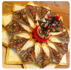 Christmas fun using foam for the first time - a fabulous addition to any Christmas table, I'm sure you'll agree. Project Yourself, Show And Tell, Love Is All, Christmas Fun, Ann, Gift Wrapping, Creative, Table, Projects