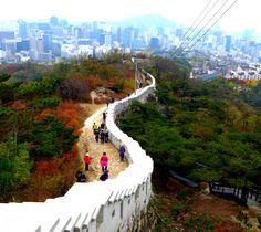 Seoul Fortress Wall, Seoul, South Korea