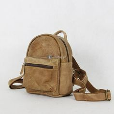 Brown Backpack Purse Small Backpack Material: Leather Color: Brown Size: cm Gender: Unisex Related leather backpacks:Backpack Laptop Small Leather Ba Small Backpack, Backpack Purse, Leather Backpack, Ladies Backpack, Rucksack Backpack, Leather Bags, Leather Craft, Fashion Bags, Fashion Backpack