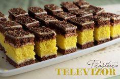Prajitura Televizor - reteta clasica - foi crocante de cacao, crema de vanilie, pandispan pufos. Cookie Recipes, Dessert Recipes, Good Food, Yummy Food, Tiramisu, Cheesecake, Deserts, Food And Drink, Sweets