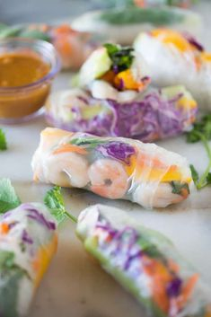 Fresh Spring Rolls Everything tastes better homemade!Look no further for restaurant-quality Spring Rolls that are unbelievably easy to make, delicious and heal Shrimp Spring Rolls, Fresh Spring Rolls, Summer Rolls, Fresh Rolls, Homemade Peanut Sauce, Sweet Chili, How To Cook Shrimp, Special Recipes, Appetizer Recipes