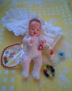 Doll Display, Tiny Dolls, Retro, Doll Clothes, Baby, Miniatures, Clothing, Outfits, Baby Humor