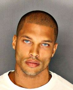 Black People With Blue Eyes. Black People Blue Eyes, Guys With Green Eyes, Black Guys, Beautiful Men Faces, Gorgeous Men, Beautiful People, Top Model Homme, Mixed Guys, Hot Guys Tattoos