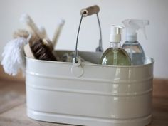 Large utility & storage Bucket in chalk featuring a solid wooden handle and solid metal construction. Keep all your cleaning paraphernalia in one place with this handy storage bucket.