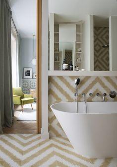 Ideas and inspiration Bathroom Interior Design, Decoration, Bathtub, Cabinet, Dining, Bedroom, Bathrooms, Saint Tropez, Home Decor