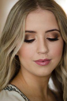 Bridal Makeup Wedding Makeup Bride smokey eyes pink lips #bridalmakeup #bride #pinklips #smokeyeyes