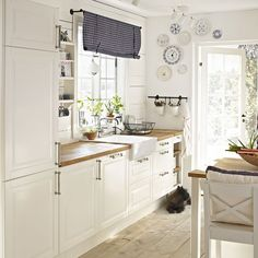 ikea kitchen ideas fresh kitchens throughout kitchen ikea kitchen ideas ikea kitchen ideas ima Kitchen Ikea, Kitchen Interior, New Kitchen, Kitchen White, Kitchen Wood, Kitchen Country, Kitchen Small, Kitchen Decor, Space Kitchen