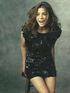 Jessica Biel looks fabulous