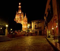 San Miguel de Allende is electric at Christmas, with theatrical processions around town, numerous posadas reenactments, and fireworks, live music, and dancing in the main square, El Jardín. Be sure to sample ponche, a kind of Mexican hot toddy made of fruits and brandy, and the sweet bread rosca de reyes.