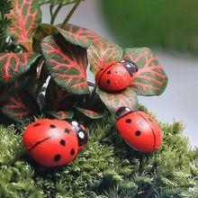 20 Unids Artesanía de Madera En Miniatura Ornamentos Del Jardín De Césped Paisaje Patio Decoración del Escarabajo del Insecto(China (Mainland))