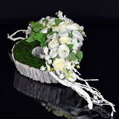 Dekoracja nagrobna Nr 500 – Greendeco – Source by Deco Floral, Arte Floral, Floral Design, Grave Flowers, Funeral Flowers, Grave Decorations, Flower Decorations, Dried Flowers, Paper Flowers