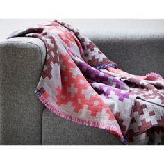 Le Plaid PLUS 9 par HAY : des couleurs vives et subtiles - un design nordique - awp_details: