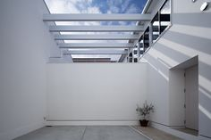 inner house  http://www.kawazoe.biz/