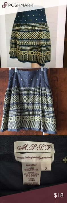 """MAX STUDIO SPECIALTY PRODUCTS Embroidered Skirt Max Studio Specialty Products Embroidered Skirt.  Size 2.  Side Zipper And Button Closure.  Lined.  Waist 14.5"""" Length 20.5"""" Zipper 7"""". Max Studio Specialty Products Skirts Midi"""