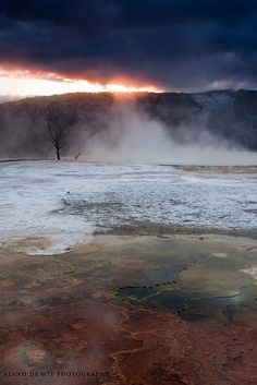 Sunrise at Mammoth Hot Springs, Yellowstone National Park
