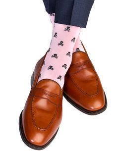 Dapper Classics Pink with Black Skull and Crossbone Cotton Linked Toe Sock