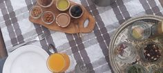 Le petit-déjeuner est le repas le plus important de la journée dans notre auberge à Taghazout Bay Surf House, Wave Dance, Yoga Retreat, Important, Surfing, Morning Breakfast, Morocco, Meal, Surf
