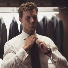 Christian Grey - Behind the Scenes of 50 Shades of Grey (Jamie Dornan)