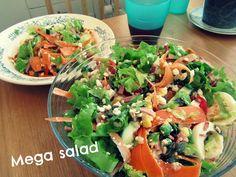 Mega salad! You find the recipe from my blog. | http://esssiworld.blogspot.com/