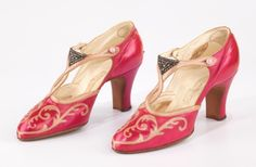 High heels circa 1927 - The Metropolitan Museum of Art. Just another reason I was meant to live in this time period... BABY HEELS.