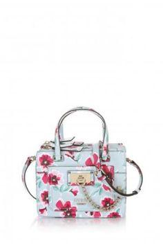 39c0d7d2e5b0 Guess handbags 2015 handbag quadrata a fiori collection Moda Editöryalleri