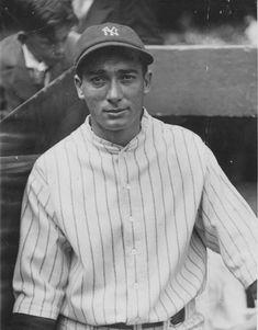 Tony Lazzeri New York Yankees Baseball, Ny Yankees, Giants Dodgers, Equipo Milwaukee Brewers, Billy Martin, Sports Figures, John Wayne, Mlb, Champion