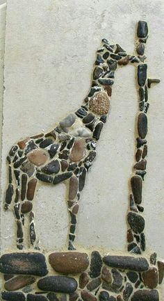 Giraffe pebble mosaic