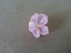 Marbled pink flower ring