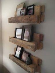 bookshelf pallet