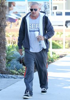 "Dominic Purcell Photos Photos - ""Prison Break"" actor Dominic Purcell seen leaving a Starbucks after getting a coffee and smoking a cigarette in Venice, CA on January 26, 2012 - Dominic Purcell Getting Starbucks In Venice"