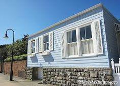 blue house watsons bay