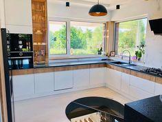 Future House, My House, Modern Kitchen Island, Kitchen Organization, Architecture, Kitchen Design, Kitchen Cabinets, Windows, Interior