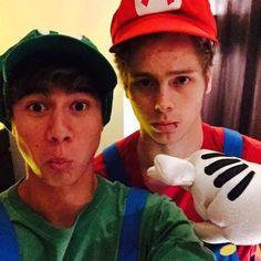Luke Hemmings and Calum Hood dressed up as Mario and Luigi.
