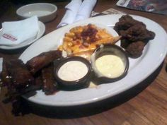 Outback Steakhouse - Wings, Ribs & Fries