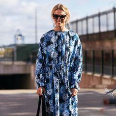 Aunque sea otoño no nos resistimos a los vestidos de flores . . . #trendencias #streestyle #dress #trends #tendencias #moda #fashion #lookoftheday #wiw #wiwt #ootd