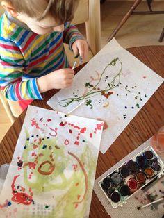 Puntikovani s tyčinkami do uši, dotting, kids art projects, toddlers projects, tvoření s dětmi