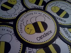 This would be a cute bee cookie