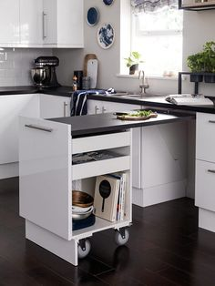 Don't feel limited by a small kitchen space. Get design inspiration from these charming small kitchen designs. Kitchen Ikea, Kitchen Room Design, Modern Kitchen Design, Home Decor Kitchen, Kitchen Interior, New Kitchen, Home Kitchens, Kitchen Cupboard, 10x10 Kitchen
