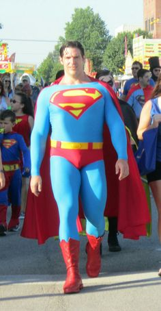 Superman Costumes, Superhero Cosplay, Superman Family, Batman And Superman, Superman Images, Christopher Reeve, Super Man, Clark Kent, Super Heros