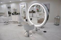 Salon Beauty Bar Salon, Beauty Salon Design, Hair And Beauty Salon, Makeup Salon, Barber Shop Interior, Hair Salon Interior, Salon Interior Design, Beauty Shop Decor, Makeup Studio Decor