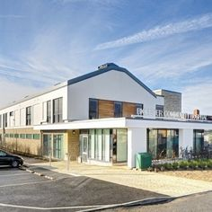 Our external wall insulation was chosen for the Bicester Community Hospital by Balfour Beatty, providing NHS Property Services a highly functional building External Wall Insulation, Construction News, Community Hospital, New Community, Facade Design, Health Care, Tours, Boutique, Mansions