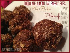 Inner Child Food: Chocolate Almond Oat Energy Bites: Used Nutella instead of almond butter/cocoa powder. Only added a drizzle of honey and a bit of vanilla extract. Healthy Diet Snacks, Healthy Cooking, Healthy Dinner Recipes, Snack Recipes, Diet Recipes, Healthy Eats, Dinners For Kids, Kids Meals, Gluten Free Sweets
