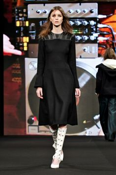 AltewaiSaome Fall 2013 Ready-to-Wear Collection Slideshow on Style.com