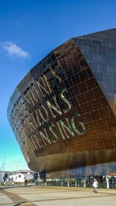A Walking Tour of Cardiff Bay's Architecture | The Travel Tester
