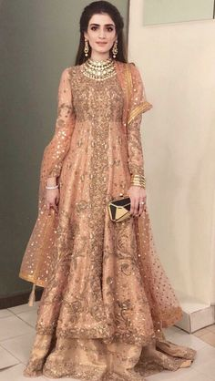 Walima Dress, Shadi Dresses, Pakistani Formal Dresses, Indian Gowns Dresses, Pakistani Dress Design, Indian Outfits, Fancy Wedding Dresses, Asian Bridal Dresses, Asian Wedding Dress
